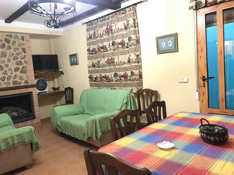 EL CUCO 1  situado entre las Lagunas de Ruidera y el Nacimiento del Río Mundo, holiday rental in Ossa de Montiel