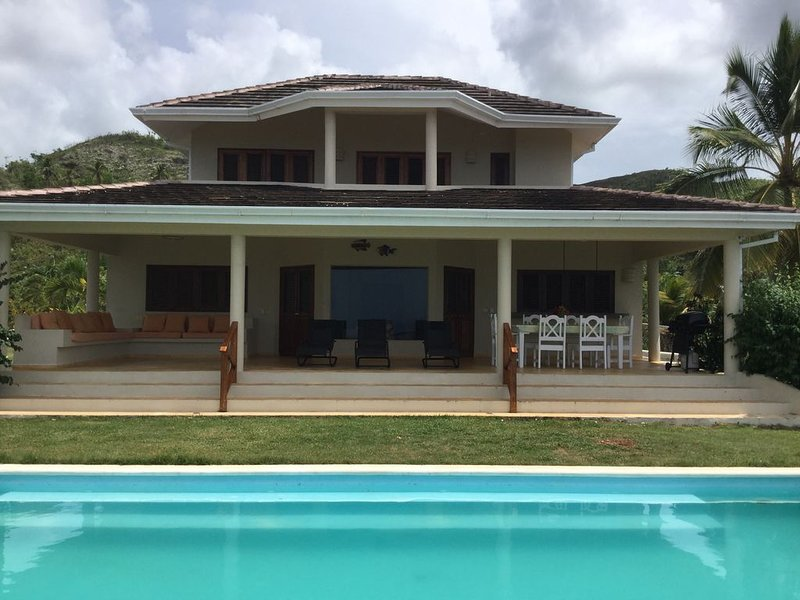 Villa with a Beautiful view of the Ocean, holiday rental in Nagua