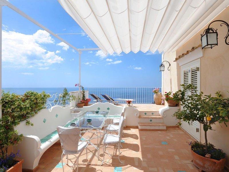 Casa Carolina,  sleeps 6+2, vacation rental in Positano