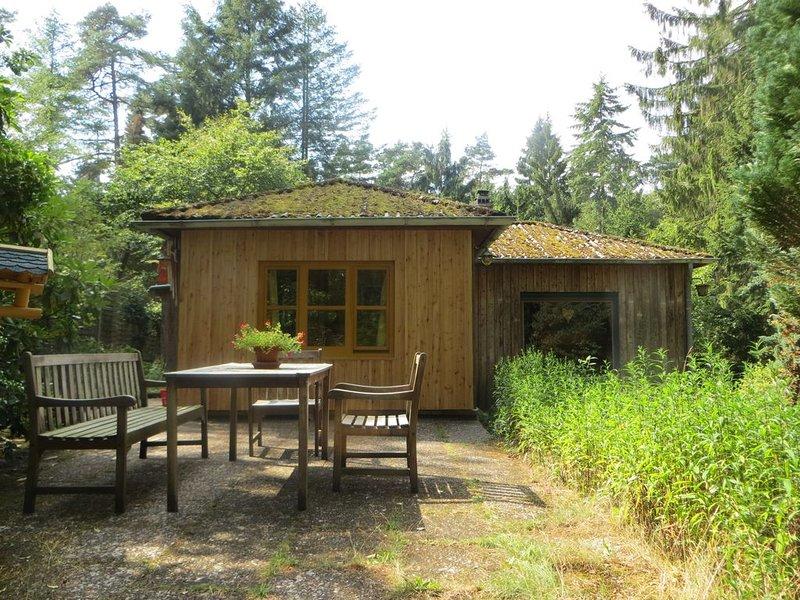 Gemütliches Ferienhaus auf Waldgrundstück nahe Lüneburger Heide, vacation rental in Hanstedt