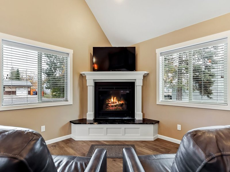 Adorable & stylish private home near downtown Sandpoint!, vacation rental in Sandpoint
