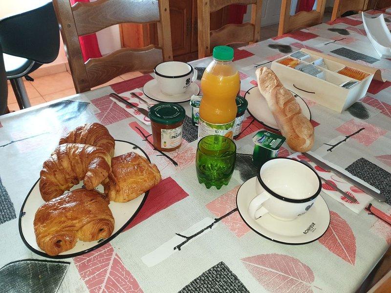 Chambre d hote  dans maison de campagne, holiday rental in Paray Le Monial