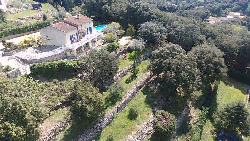 Villa dans un cadre idylique avec piscine sécurisée, location de vacances à Bagard