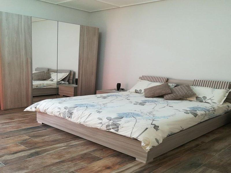 Camera  con bagno e terrazzo privato tra Napoli e Pompei, casa vacanza a Santa Maria la Carità