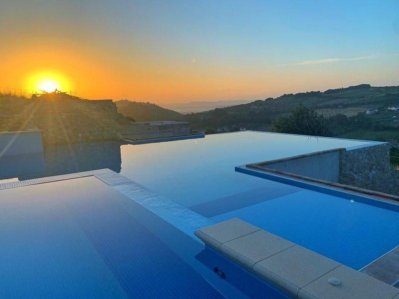 Apartment with beautiful view, location de vacances à Calascio
