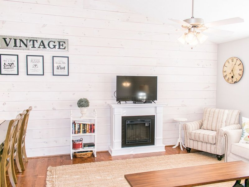 Upstairs living room with fireplace & 40' flat screen HDTV & DVD player