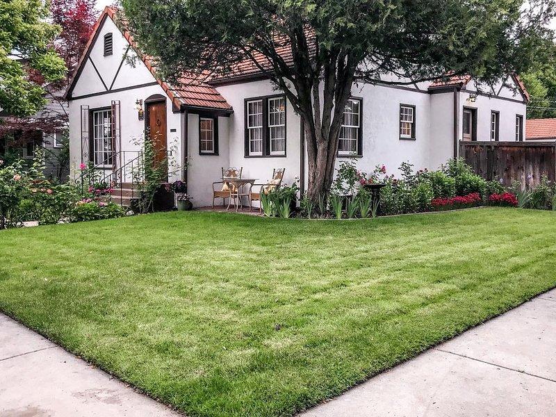 Beautiful North End home w/ garden/yard - near Hyde Park & downtown, 2 dogs OK!, alquiler de vacaciones en Boise