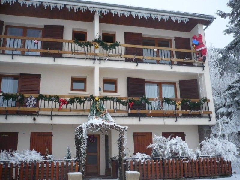 200m cité médiévale gite 'clé vacances' 2 pers sud ensoleillé+balcon - WIFI, holiday rental in La Godivelle