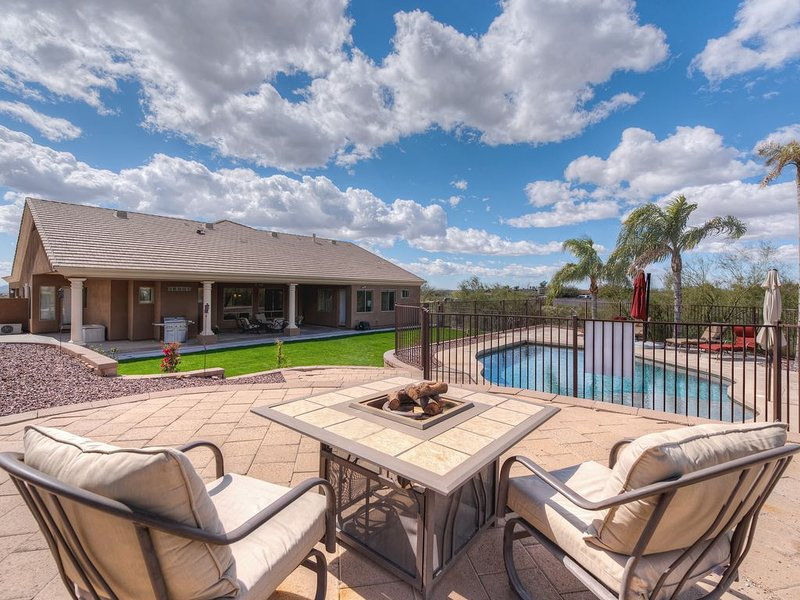 Phoenix/scottsdale Resort Style Executive Home On 1.25 Acres Of Sonoran Desert, vacation rental in Cave Creek