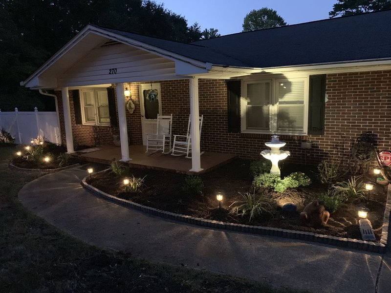 Lakefront house near Clemson, holiday rental in Pendleton