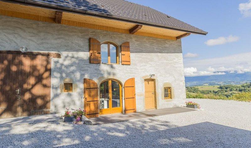 Maison classée 3***, et 3 épis ,située entre deux lacs magnifiques au calme, holiday rental in Vallieres
