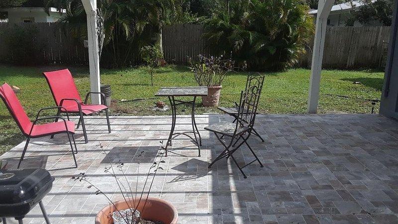 Charming neighborhood – semesterbostad i Fort Myers