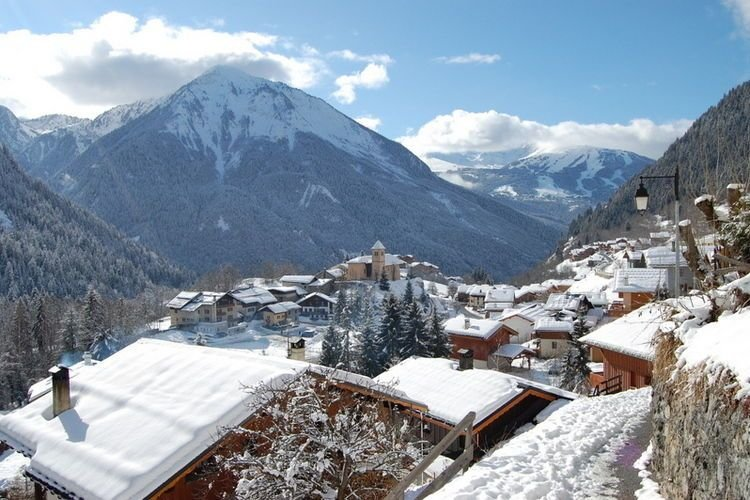4-6 pers. holiday appartment near center of Champagny, holiday rental in Champagny-en-Vanoise