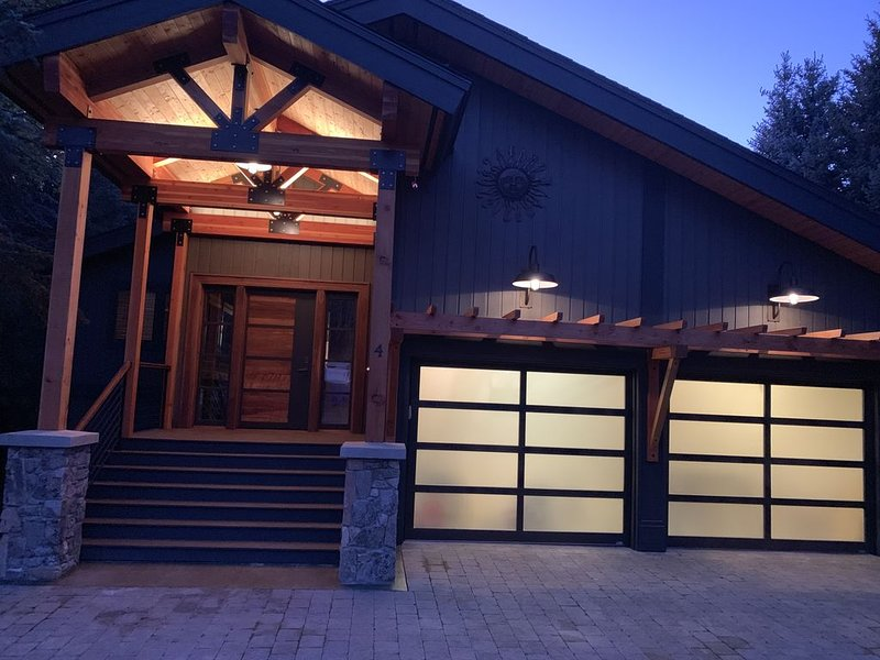 Sun Valley: Cozy Twin Creek Home on Private Ln Near Bike Path, aluguéis de temporada em Sun Valley