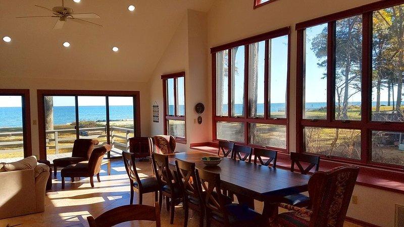 Pine Shore Beach House on the Chesapeake Bay., holiday rental in Ridge