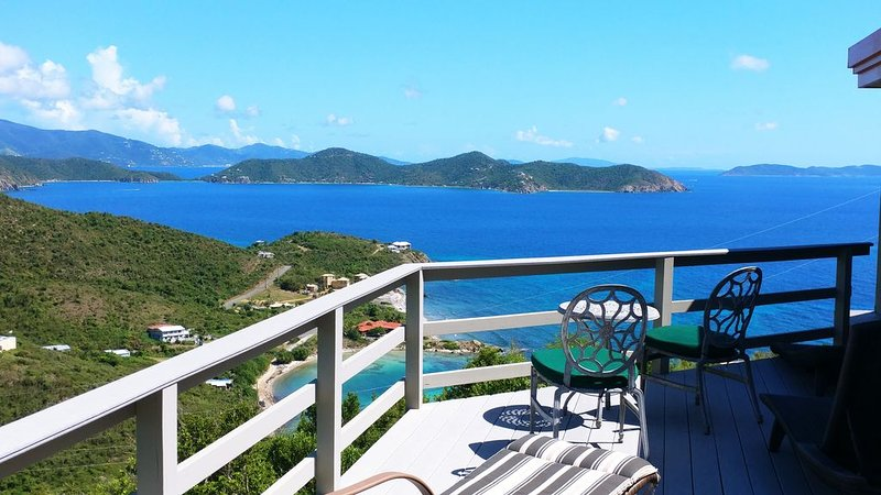 'Oooolala' ....you'll love this vacation home... 'Iola', vacation rental in St. John