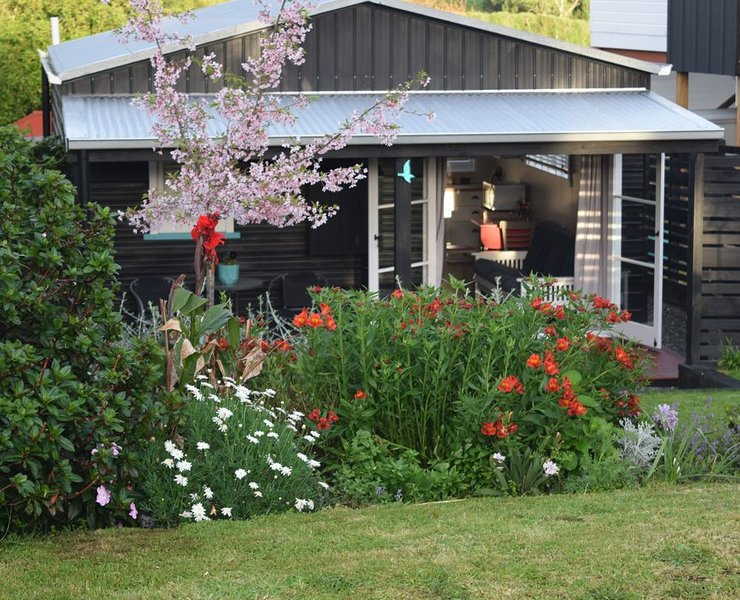 Nikau Cottage - Kauri Point - Katikati, vacation rental in Te Aroha