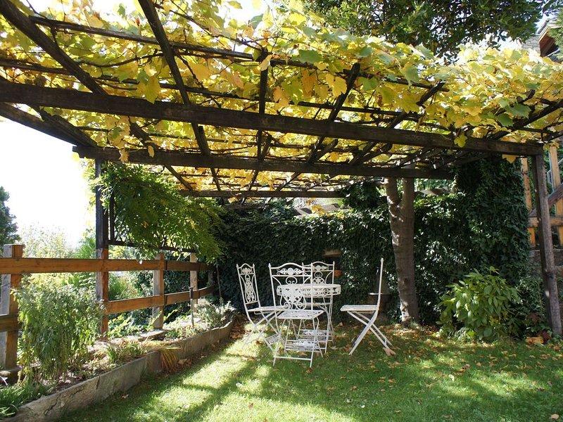 Idyllisch gelegene Ferienwohnung – Casa Margherita, location de vacances à Gignod