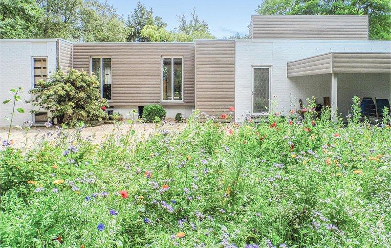 2 Zimmer Unterkunft in Ieper, holiday rental in Heuvelland