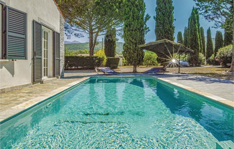 5 Zimmer Unterkunft in St Florent, vacation rental in Saint Florent
