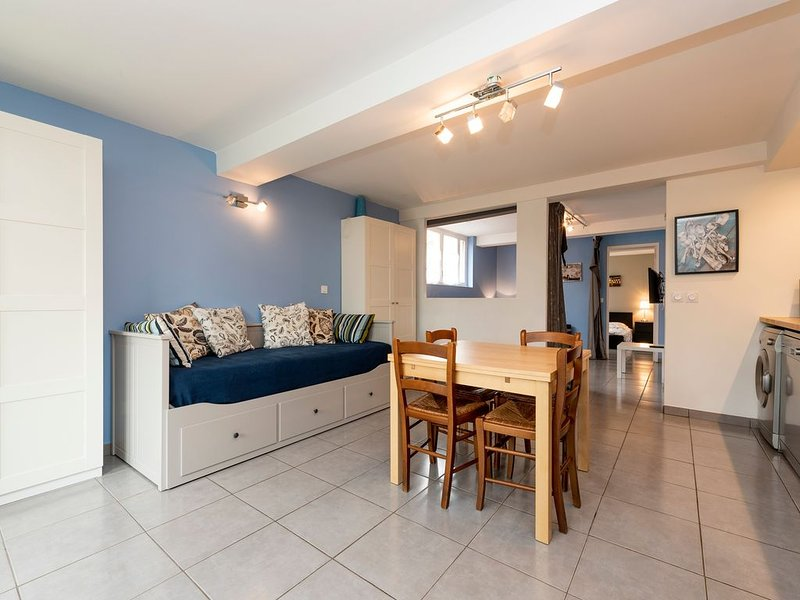 Le Pastel - bel appartement 6P avec terrasse !, holiday rental in Aucamville