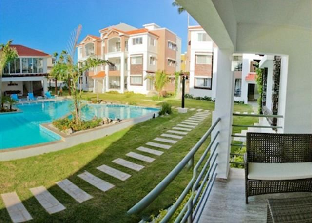 Corte Sea C101 +Pool & Gym, Walk to Beach!, vacation rental in Bavaro