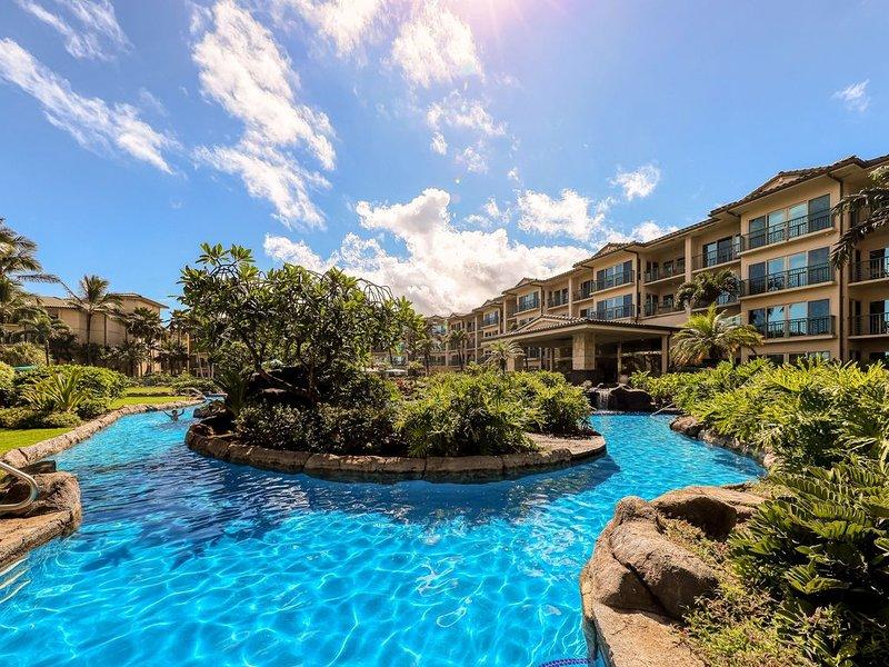Updated condo in oceanfront resort w/ AC & shared pool/water slide/spas!, alquiler de vacaciones en Kapaa