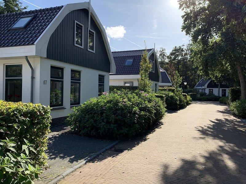 Nice holiday home with dishwasher, in Schoorl, holiday rental in Schoorl