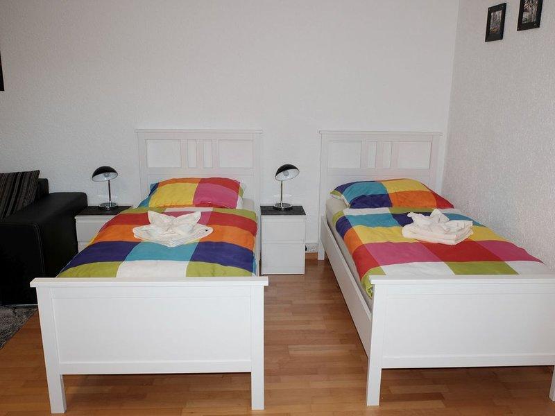 Ferienwohnung Am Wald, 45qm, Terrasse, 1 Schlafzimmer, max. 4 Personen, aluguéis de temporada em Finnentrop