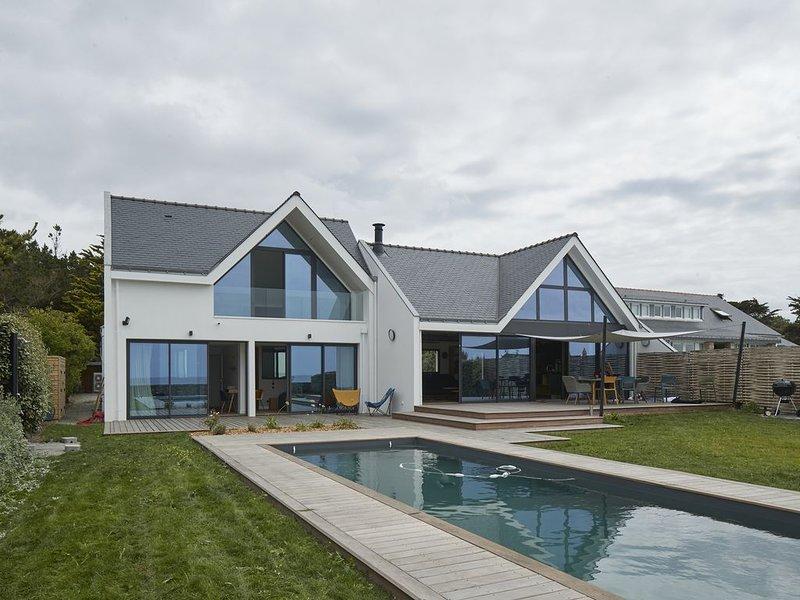 Villa avec piscine, vue sur l'océan, location de vacances à Batz-sur-Mer