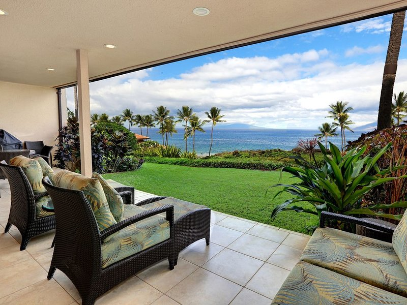 Beautifully Remodeled w/ Ocean View - Makena Surf Resort C-106, aluguéis de temporada em Makena