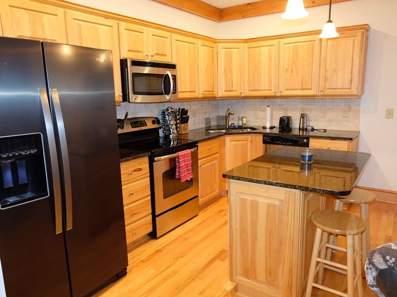 Beautiful 1 BD/1 BA Echota condo with a magnificent view of Grandfather Mtn, holiday rental in Boone