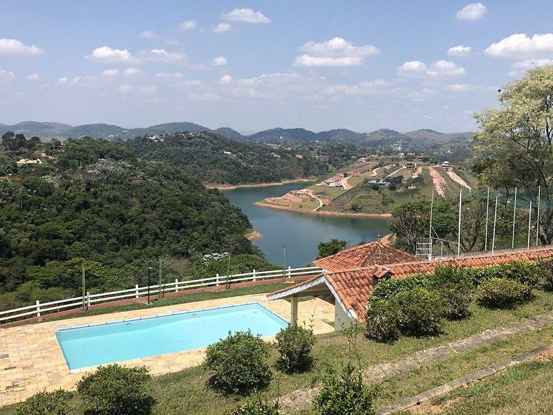 Chácara Vista das Águas em Igaratá - Piscina, TV, wifi, etc., alquiler de vacaciones en Piracaia
