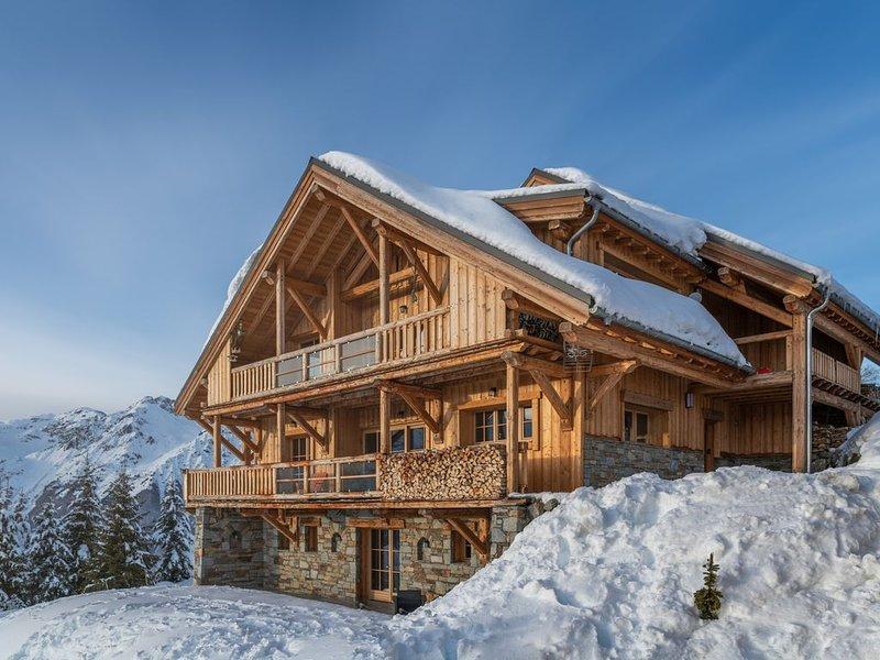 Chalet Lodge  Exclusive 5* ski aux pieds, avec Sauna, Hammam, Cinéma,, holiday rental in Isere