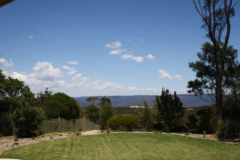 Stunning Escarpment Views, holiday rental in Wentworth Falls