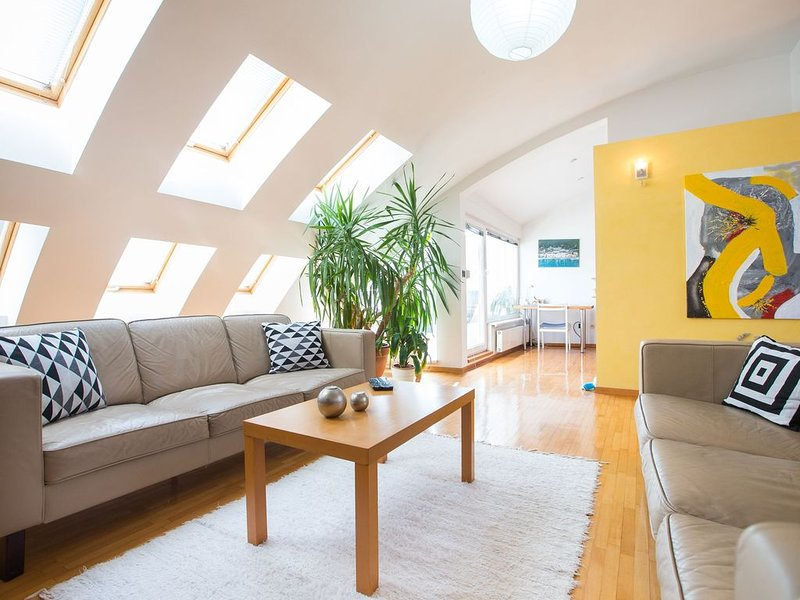 Two floor luxurious penthouse apartment, casa vacanza a Zagabria