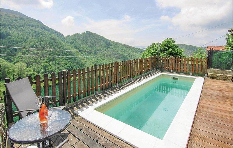 4 Zimmer Unterkunft in Montefegatesi, location de vacances à Fiumalbo