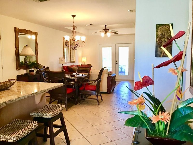 Beautiful Casita at the Golf Course~22AW, vacation rental in Laguna Vista