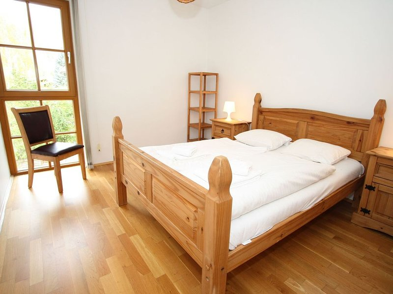 Tranquil Apartment in Rauris with Sauna and Swimming Pool, holiday rental in Frostlberg