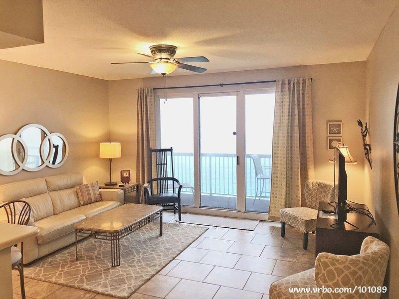 SEYCHELLES Beachfront Condo - Snowbird Special!, holiday rental in Panama City