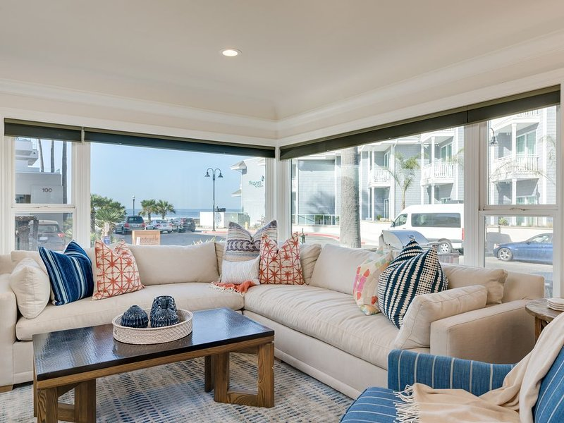 LOCATION!!!  - PIER/OCEAN VIEW - DOWNTOWN PISMO BEACH - STEPS FROM SAND!, holiday rental in Pismo Beach