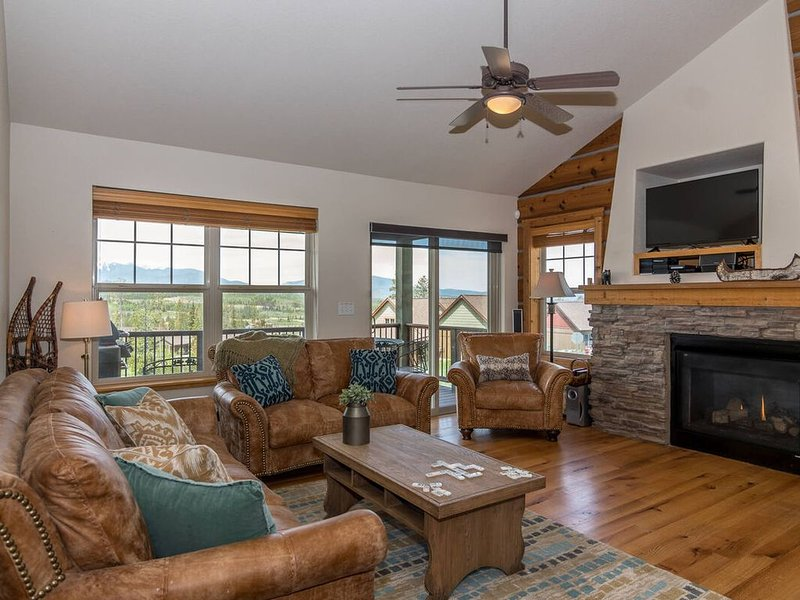Awesome Location - Family Favorite In One of WP's Best Neighborhoods, vacation rental in Fraser