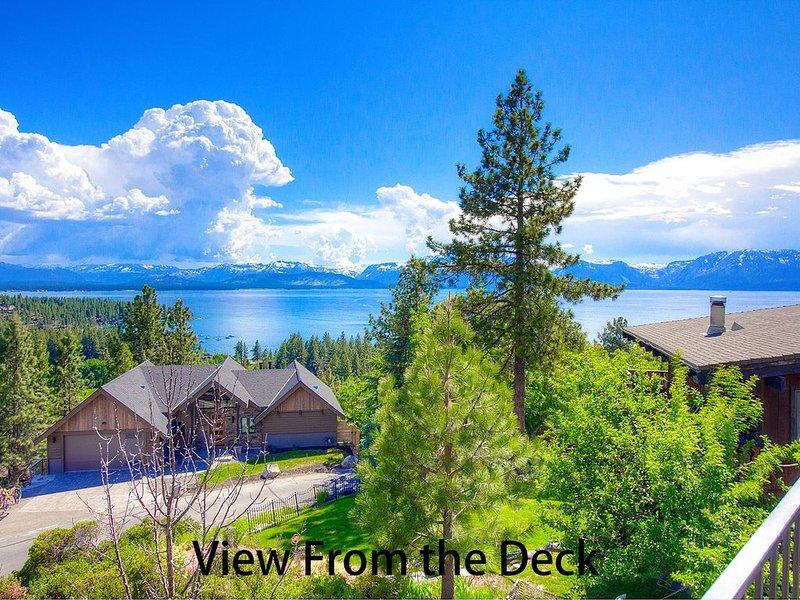 Stunning Lake Views, Hot Tub, Deck, BBQ, Fireplace, Large Home (NVH1009) – semesterbostad i Zephyr Cove