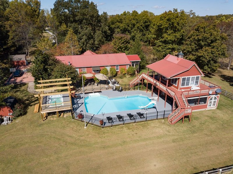 Morning Star Ranch- Heated Pool And Spa- Very Close to Nashville- Country Settin, holiday rental in Ashland City