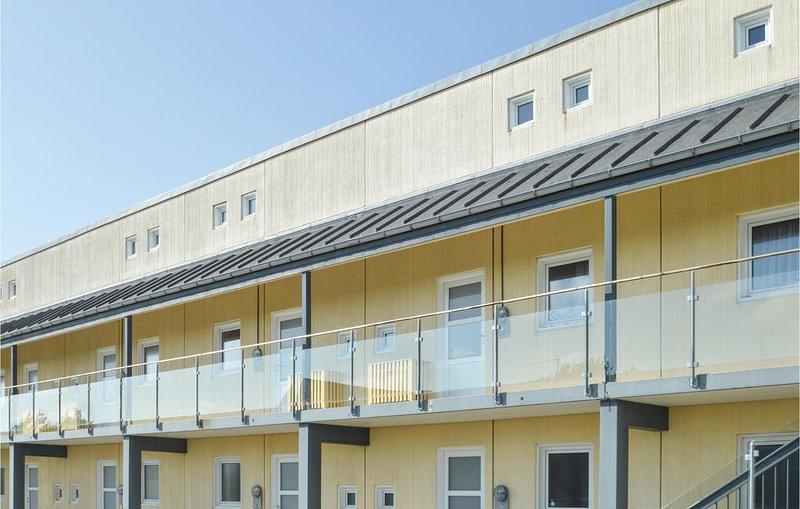 2 Zimmer Unterkunft in Løkken, holiday rental in Rubjerg
