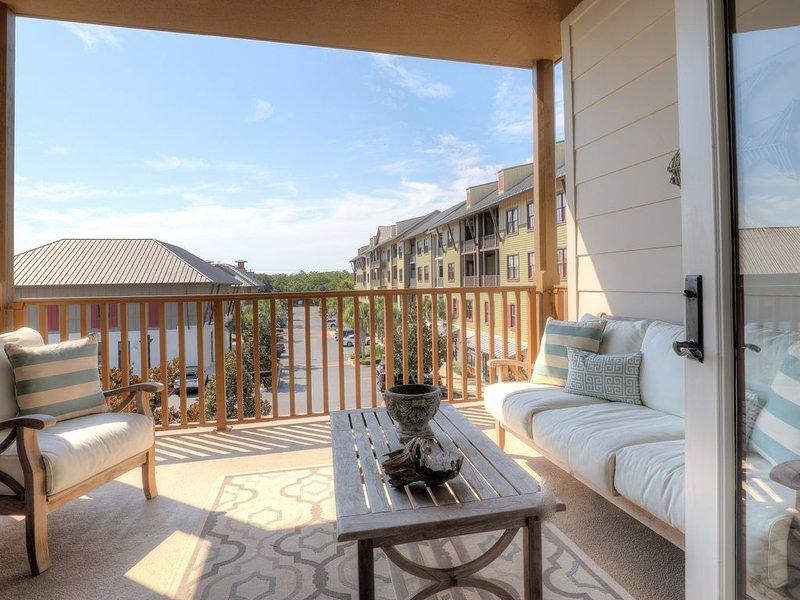 Smurf Mountain Ideal Family Vacation Condo, casa vacanza a Blue Mountain Beach