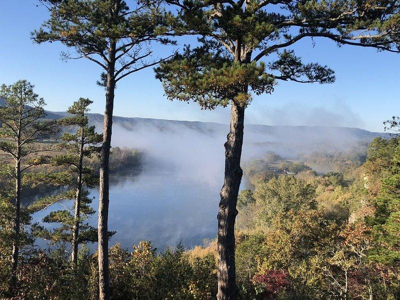 Gorgeous Riverbuff View of the White River, casa vacanza a Calico Rock