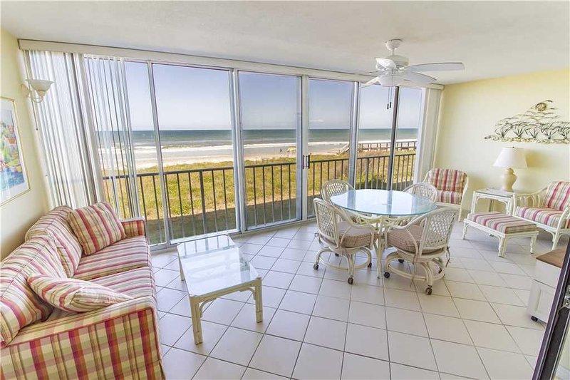 Ponte Vedra Blvd 693, 3 Bedrooms, Ocean Front, Sleeps 6, alquiler vacacional en Ponte Vedra Beach