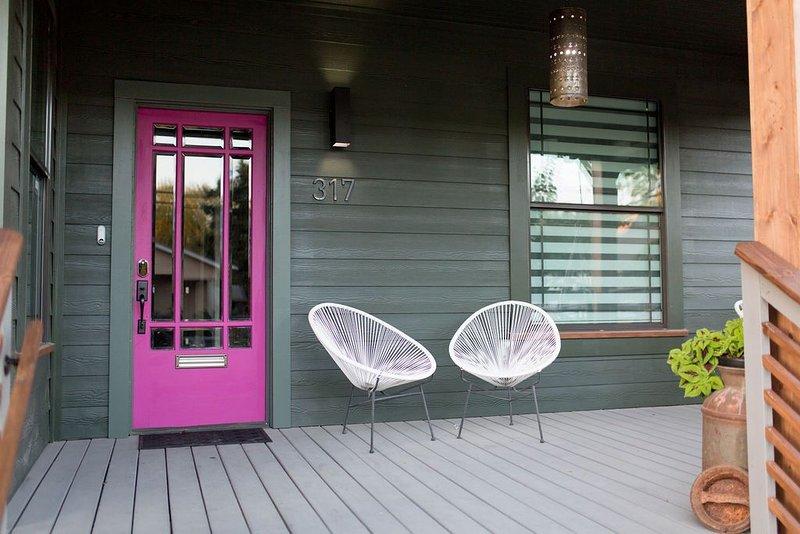 The Hot Tamale — Modern Craftsman, 2 King Beds, NEW, location de vacances à San Antonio