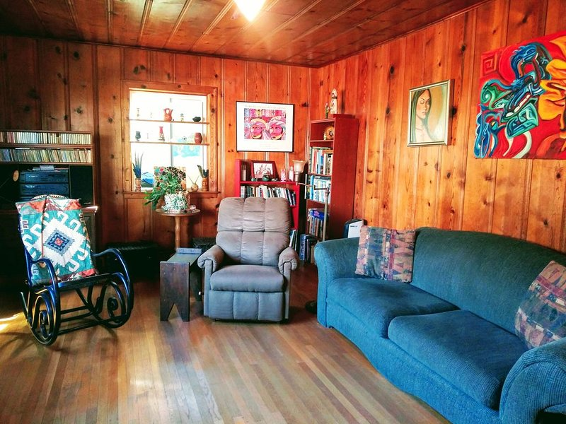 'Cabin Feel'  Home near the 580, alquiler de vacaciones en Oakland